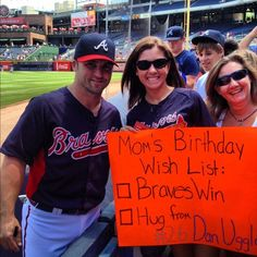 i would die from joy. Fan Signs, All Things New, Atlanta Braves, 10th Birthday, Mlb, Funny Stuff, Fans, England, Baseball Cards