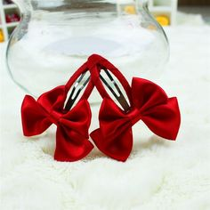 Red Holidays Bow Hair Clip