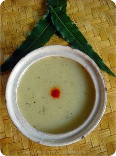 bottle gourd soup recipe - here comes a creamy and yummy bottle gourd soup. this one's a spanish recipe for making bottle gourd soup. usually in spain they make this soup with zucchini/courgettes.