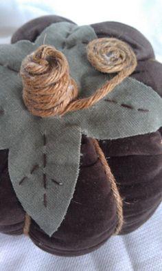 Classy Columbus Designs: Fall Fabric Pumpkins {tutorial}