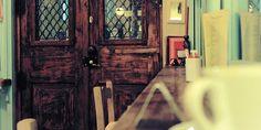 Ήσυχα café: 5 στέκια για κουβέντα στην Αθήνα