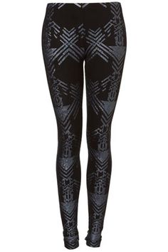 not everyone can wear print tights... but these are cute!