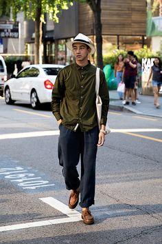 Shin Ho, Street Fashion 2017 in Seoul