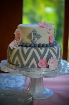 Grey chevron cake - white fondant with pink gumpaste flowers. Vietri Incanto White Lace Large Cake Stand