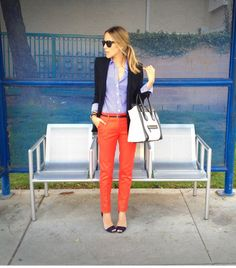 Blue and white gingham shirt with burnt orange pants.i would wear something like this. Orange Pants Outfit, Coral Pants, Bright Pants, Work Fashion, Fashion Models, Fashion Outfits, Fashion 2014, Color Fashion, Trendy Fashion