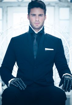 I don't know where you would wear this, but this is an extremely sharp looking outfit.