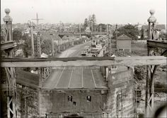 The old Gladesville Bridge and Victoria Road, Drummoyne viewed from the control tower in the late Modern Pictures, Old Pictures, Old Photos, Train Tunnel, Australian Photography, Sydney City, Old Images, Historical Architecture, Historical Pictures