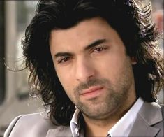 Turkish drama actor Engin Akyürek biography and pictures (9)