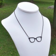 Quirky nerd glasses necklace