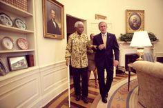 Mentre era presidente George Bush Sr. ci ha abituato alle sue innumerevoli gaffe, ora ritiratosi a vita privata sembra proprio   http://tuttacronaca.wordpress.com/2013/09/01/la-gaffe-di-bush-che-rimbalza-sul-web/