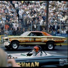Arnie Beswick 1966 Pontiac GTO A/FX funny car, vs The Flying Dutchman Dodge Dart Nhra Drag Racing, Funny Car Drag Racing, Funny Cars, Hot Rods, Good Looking Cars, Drag Bike, And So It Begins, Pontiac Gto, Chevrolet Corvette