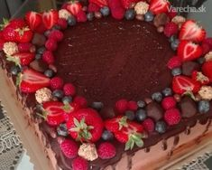 Torta čokoládová s mascarpone - Recept Sweet Desserts, Delicious Desserts, Cake Recipes, Vegan Recipes, Czech Recipes, Oreo Cupcakes, Cheesecake Cake, Food Hacks, Chocolate Cake