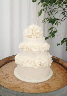 All white wedding Cake with fresh flowers  Cake by kelliewatson