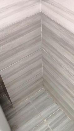 Home Room Design, Bathroom Interior, Interior Design Living Room, Bathroom Gadgets, Bathroom Storage, Room Decor Bedroom, Diy Room Decor, Triangle Shelf, Home Gadgets