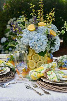 Flower Centerpieces, Flower Vases, Flower Arrangements, Flowers, Lemon Vase, Table Decorations, Create, Floral, Home Decor