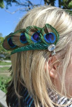 Curved peacock feather hair clip