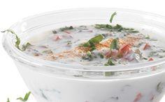 Raitadressing Klassisk indisk yoghurtdressing. Perfekt til stegt kød, kylling og ris.