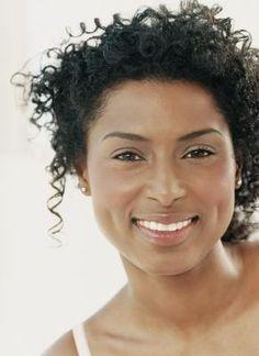 Tratamento de manchas escuras no rosto   eHow Brasil