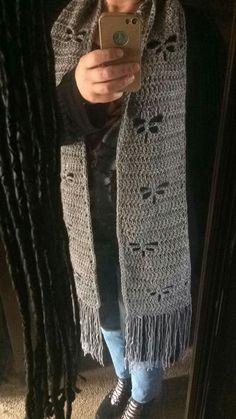 Crochet Scarfs, Crochet Gifts, Crochet Shawl, Crochet Ideas, Crochet Projects, Free Crochet, Knit Crochet, Knitting Patterns, Crochet Patterns