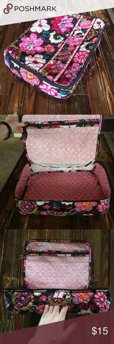 """Vera Bradley Large Multi-Purpose Bag This bag has multiple uses - can be a cosmetic bag, overnight toiletry bag, laptop case, lingerie bag! Mod Pink Floral Print // 13"""" x 9.5"""" x 3.5"""" // large mesh zipper compartment and 3 mesh pockets inside // zip closure and handle Vera Bradley Bags Travel Bags"""