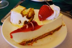 Cheesecakes in the UK, like Australia and New Zealand, are based on a refrigerated cream-cheese filling on a biscuit base. This is often topped with fruit syrup toppings, and also comes in flavours such as banoffee pie or white chocolate.