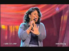 This woman of God right here... ANOINTED! Her voice is an instrument of pure praise! Kim Burrell 'It is Done' - Live (A MUST SEE)