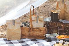 9 Best DIY Picnic Food Ideas & Crafts