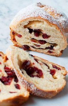 A twist on the more traditional chocolate Babka, this White Chocolate Cranberry Babka is a delicious holiday treat. Best Homemade Bread Recipe, Tasty Bread Recipe, Bread Recipes, Chocolate Babka, White Chocolate, Dessert Bread, Dessert Recipes, Delicious Desserts, Babka Bread