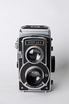 Zeiss Ikon IKOFLEX III  Vintage Lomography  - Lomo ready cameras   - Vintage collectible cameras    www. Etsy.com/VintageLomography