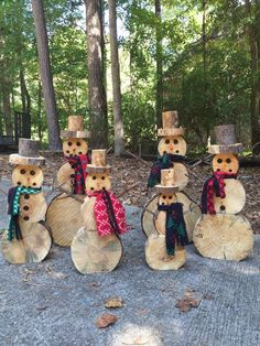 Terrific Free wood snowman Wooden snowmen Style Wintertime mens in kids playhouse minutes that could be hallmarked by plenty of cold, enjoyable, plu Wood Log Crafts, Wood Slice Crafts, Christmas Wood Crafts, Diy Christmas Gifts, Christmas Snowman, Christmas Decorations, Christmas Ornaments, Xmas, Wood Snowman