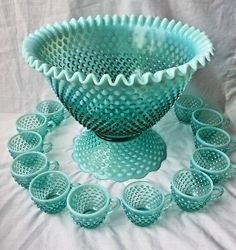 Fenton Persian Blue Opalescent Hobnail Punch Bowl with 12 Cups Fenton Glassware, Antique Glassware, Glass Shoes, Persian Blue, Punch Bowl Set, Glass Centerpieces, Stained Glass Designs, Vintage Dishes, Glass Art