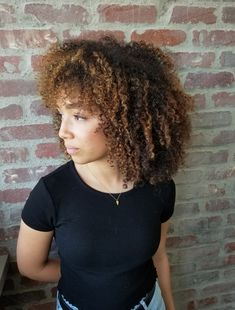 Online Scheduling for Salons and Spas. Brunette Ambition, Curly Hair Styles, Natural Hair Styles, Salon Software, Hair Painting, Natural Curls, Curly Girl, Fall Hair, Salons
