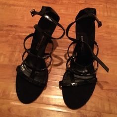 BRAND NEW Kenneth Cole Strappy heels NWOT Black. Strappy sandals. Low heel. Adjustable strap. Never worn. Beautiful heels, but selling bc I don't like how they fit me. My feet are too wide for them. NWOT. Kenneth Cole Shoes Heels