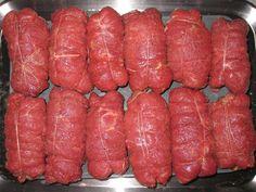 Španělský ptáček Sausage, Beef, Food, Barbecue, Kabobs, Pickle, Sausages, Meals, Yemek