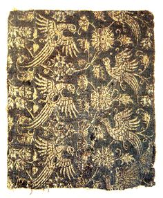 Lampas textile, silk and gold, Italy, second half of 14th century.  Better quality at http://www.mfa.org/collections/object/textile-fragment-66578