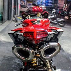 Double tap this #BEAST! @DucatiGram #Shift life