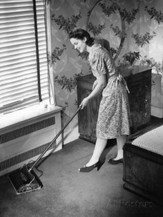 size: Photographic Print: Poster of Housewife Using Carpet Sweeper in Home by George Marks : Artists Carpet Cleaning Business, Carpet Cleaning Company, Vintage Housewife, 1950s Housewife, How To Clean Carpet, The Good Old Days, Carpet Runner, Decorating Tips, Vintage