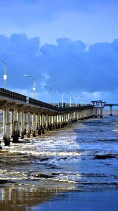 San Diego, California..Sea Coast Pier, Ocean Beach