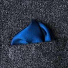How to fold pocket squares Pocket Square Folds, Pocket Square Styles, Pocket Squares, Wedding Colors, Men Dress, Mens Fashion, Ties, Groom Suits, Groomsmen