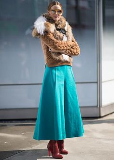 beautiful sweater with faux fur