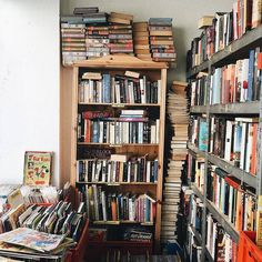 """literature is my utopia. Home Library Design, Dream Library, Library Books, Library Ideas, Good Books, Books To Read, Pile Of Books, Personal Library, Home Libraries"