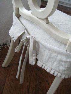 A Petite Cottage Curbside Treasure Cute Slipcover Idea For Dining Room Chairs