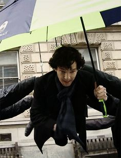 Benedict Cumberbatch filming the fall (gif) - Behind the scenes of #Sherlock series 3 episode 1: The Empty Hearse <---- I'm a bird!