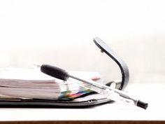 Der Kalender kann ein wichtiges Hilfsmittel, ein Statussymbol oder einfach einer von vielen Stressfaktoren sein. Ganz allein können wir natürlich nicht über unseren Kalender bestimmen, doch haben wir mehr Spielraum, als wir uns eingestehen.