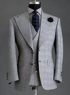 44 Elegant Men's Office Outfit Ideas Sharp Dressed Man, Well Dressed Men, Mens Fashion Suits, Mens Suits, Men's Fashion, Mode Costume, Mens Attire, Mode Masculine, Suit And Tie