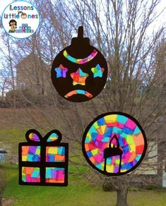Christmas Silhouette Window Decorations - Lessons for Little Ones by Tina O'Block - Christmas Classroom Ideas Preschool Christmas, Easy Christmas Crafts, Christmas Projects, Kids Christmas, Christmas Themes, Classroom Christmas Decor, Christmas Crafts For Kids To Make Toddlers, Holiday Classrooms, Christmas Templates