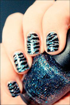 OPI Simmer & Shimmer Zebra