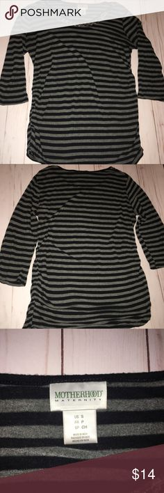 3/4 Sleeve Maternity T Shirt This 3/4 Sleeve Maternity T Shirt is in EUC. It features ruched sides and is shorted for comfort. It is a Jersey Knit, cotton and machine washable. Shirt is made from striped fabric with sequins on top. Motherhood Maternity Tops Tees - Long Sleeve