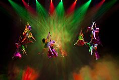http://www.thrillist.com/entertainment/las-vegas/best-live-shows-in-vegas