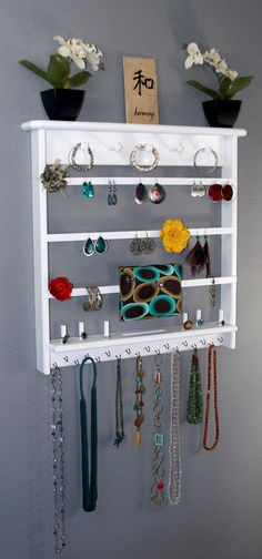 Wall Mounted Jewelry Organizer ~ Eco Friendly Recycling Diy Crafts ~ Jewelry  Craft Show Display Awesome Ideas